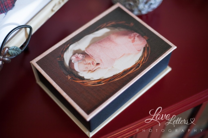 image boxes memories keepsake newborn gift ideas love letters photography pink sweet newborn-7896